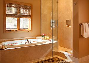 Master Bath - Granite Ridge Lodge - Luxury Teton Village Cabin