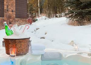 Back Patio - Granite Ridge Lodge - Luxury Teton Village Cabin