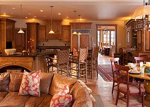 Kitchen - Slopeside Apres Vous - Ski in/Ski out Teton Village