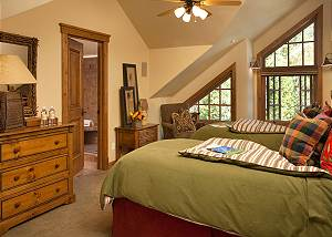 Guest Bed 2 - Slopeside Apres Vous - Ski in/Ski out Teton Villag