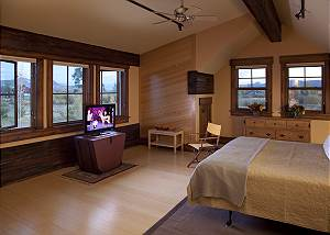 Guest Bed - Big Sky - Jackson Hole, WY Luxury Vacation Rental