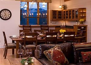 Dining Room- Overlook - Luxury Vacation Rental Jackson Hole