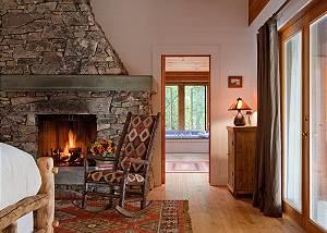 Master Bed - Overlook - Luxury Vacation Rental - Jackson Hole
