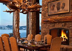 Dining Table - Phillips Ridge - Private Luxury Retreat - Jackson