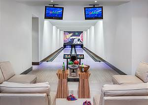 Bowling Alley - Phillips Ridge - Private Luxury Retreat - Jackso