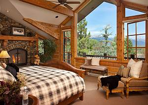 Master Bed - Riversong Lodge - Luxury  Rental Jackson Hole, WY
