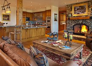 Kitchen - Riversong Lodge - Luxury Vacation Rental Jackson Hole