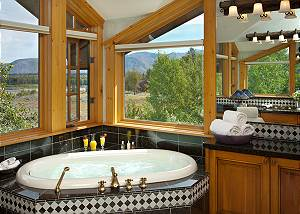 Master Bath - Riversong Lodge - Luxury  Rental Jackson Hole, WY