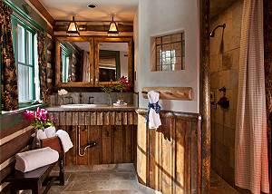 Master Bath - The Cabin - Jackson Hole Luxury Cabin Rental