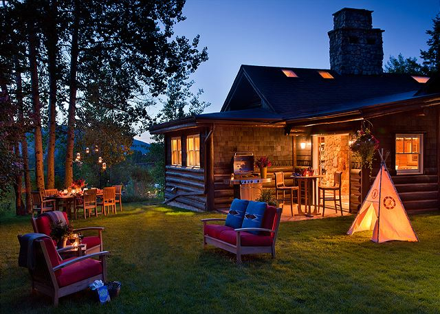 Back Yard - The Cabin - Jackson Hole Luxury Cabin Rental