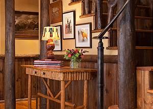 Hallway - The Cabin - Jackson Hole Luxury Cabin Rental