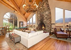 Great Room - Home on the Range - Jackson Hole Luxury Cabin