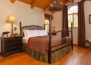 Guest Bed 3 - Home on the Range - Jackson Hole Luxury Cabin