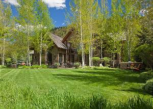Exterior - Shoshone Lodge - Luxury Villa - Jackson Hole, WY