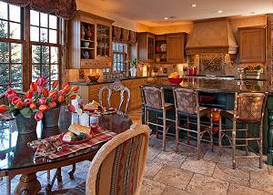 Kitchen - Shoshone Lodge - Luxury Villa - Jackson Hole, WY