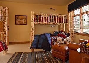 Guest Bed 1 - Granite Ridge Lodge - Luxury Teton Village Cabin
