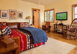 Landing Sofa Bed - Granite Ridge Lodge - Luxury Teton Village
