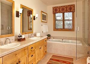 Guest Bathroom 2 - Granite Ridge Lodge - Luxury Teton Cabin