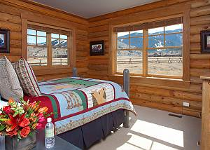 Guest Bedroom 4 - Elk Refuge -  Jackson Hole Luxury Cabin