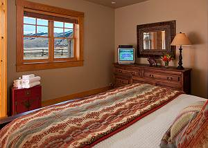 Junior Master - Elk Refuge -  Jackson Hole Luxury Vacation Cabin