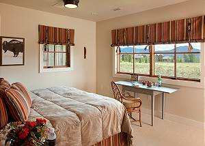 Guest Bed 3 - Canyonland - Teton Village Luxury Vacation Villa