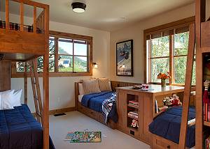 Guest Bed 1 - Canyonland - Teton Village Luxury Vacation Villa