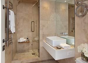 Full Bathroom 1 - Snow Ridge - Luxury Private Villa Rental - Tet