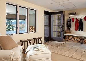 Mud Room - Snow Ridge - Luxury Private Villa Rental - Teton Vill