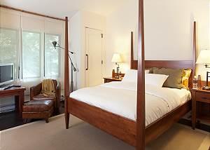 Guest Bedroom 3 - Snow Ridge - Luxury Private Villa Rental - Tet