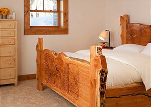 Guest Bed 2 - Lost in the Woods - Jackson Hole Luxury Cabin
