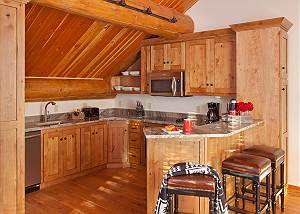 Guest Apartment - Lost in the Woods - Jackson Hole Luxury Cabin