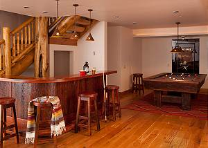 Game Room - Lost in the Woods - Jackson Hole Luxury Cabin