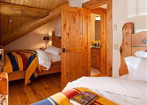 Guest Bed 4 - Lost in the Woods -Jackson Hole Luxury Cabin