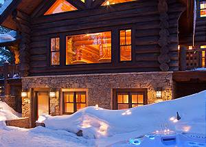 Back Patio - Lost in the Woods - Jackson Hole Luxury Cabin