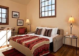 Landing - Shooting Star Cabin - Luxury Villa Rental - Teton Vill