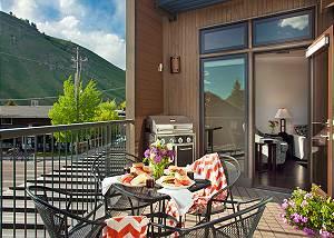 Deck - Pearl at Jackson - Luxury Residence Rental Jackson Hole