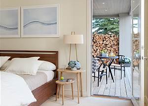 Master - Pines Garden - Luxury Vacation Rental Cottage Jackson