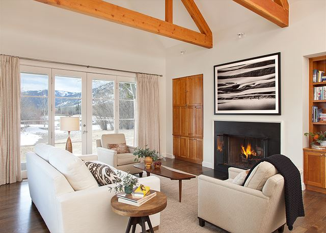 Great Room -  Pines Garden - Luxury Cottage - Jackson Hole, WY