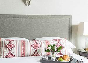 Master Bed -  Pines Garden - Jackson Luxury Vacation Cottage
