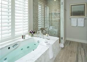 Master Bath - Pines Garden - Jackson Luxury Vacation Cottage