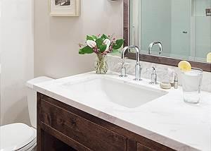 Guest Bath -  Pines Garden - Jackson Hole, WY Luxury Cottage