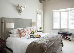 Master Bed - Pines Garden - Jackson, WY Luxury Cottage