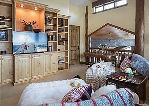 Landing - Spirit Dance - Jackson Hole, WY -  Luxury Villa Rental