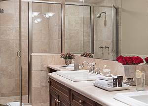 Guest Bathroom - Spirit Dance - Jackson Hole, WY -  Luxury Villa