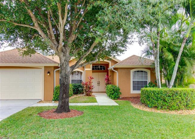 This beautiful 4 bedroom 3 bath holiday villa is located in the Briarwood Subdivision of Naples, FL just 5 miles from the Beach.