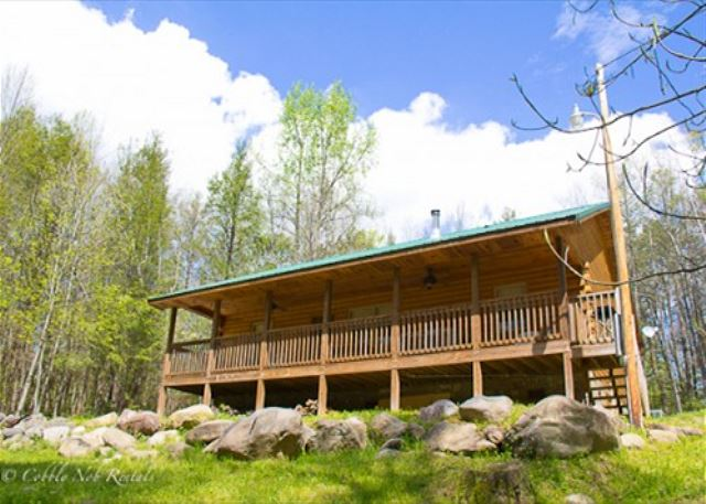 3 Bedroom, 2 Bath Private Stream Cabin $155 Nightly For 6 $930 Weekly Plus  Tax