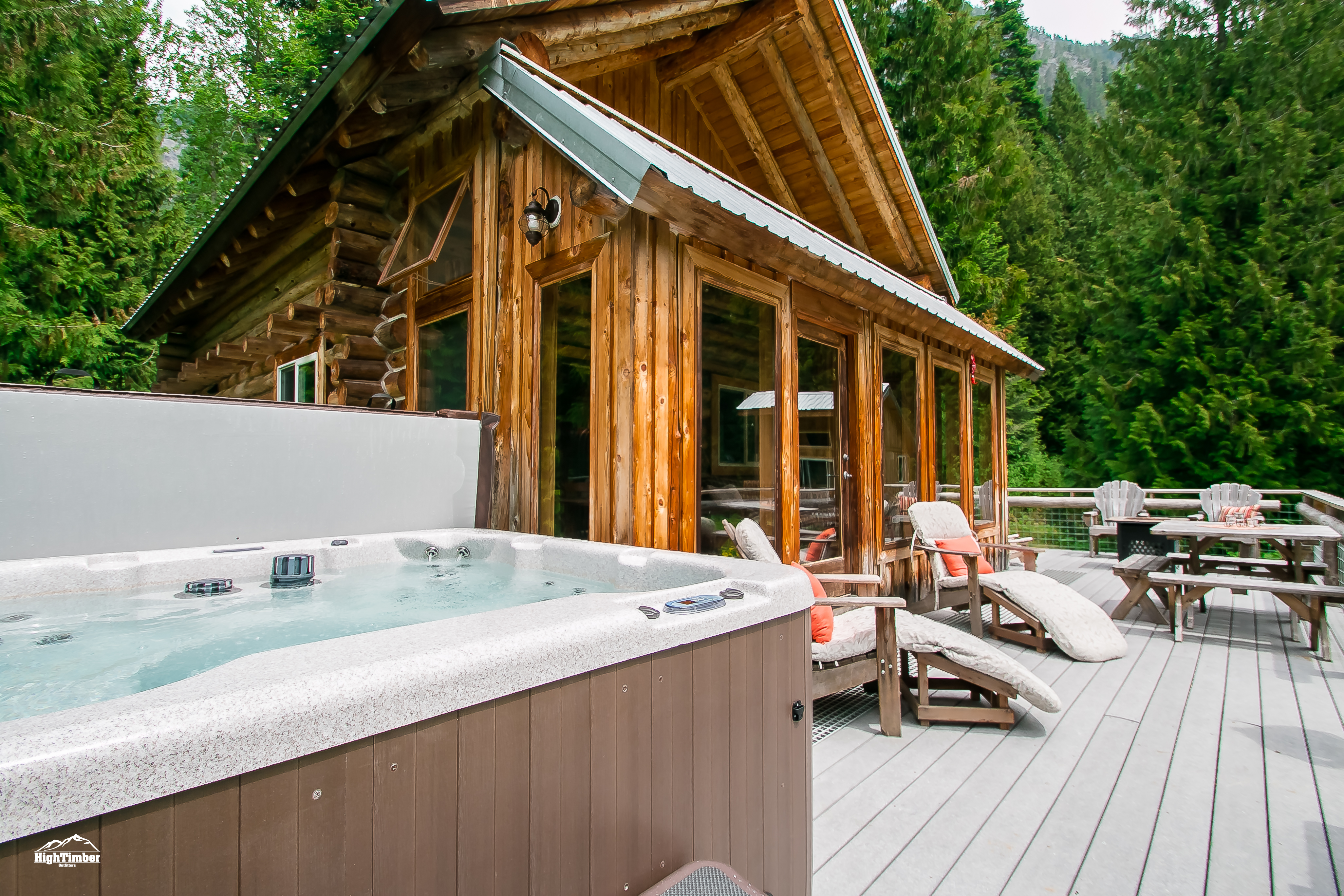 Far And Away Cabin Nw Comfy Cabins Vacation Rentals