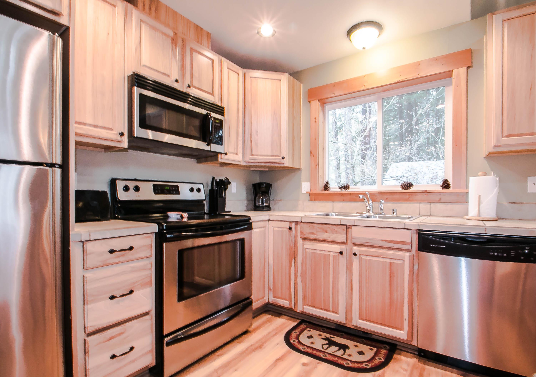 Brighton Chalet Leavenworth Cabin Rental | NW Comfy Cabins Vacation ...