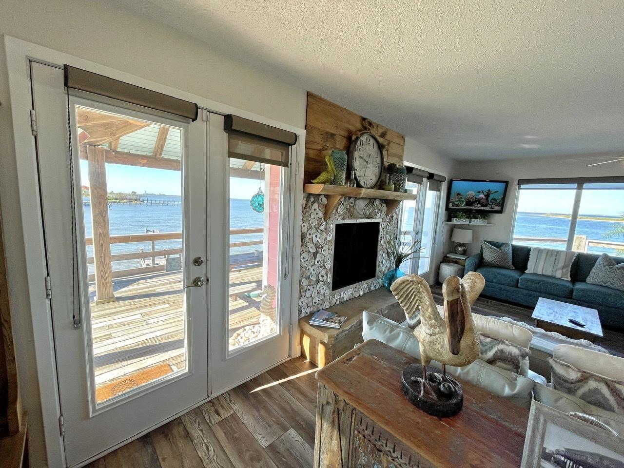 Beach House on the Bay   Photo 12