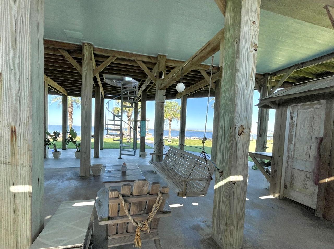 Beach House on the Bay   Photo 58